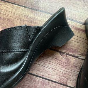 Clarks Shoes - Clarks Black Leather Slip On Comfort Mule Clogs